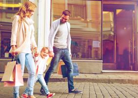 FAMILY-SHOOPING